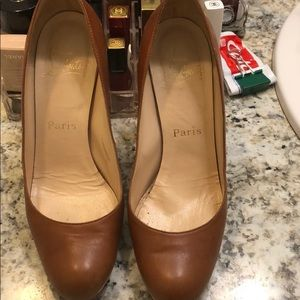 Red bottoms bought in Poshmark make offers